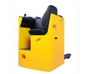 全自动电动叉车外部保养及发动机舱的保养